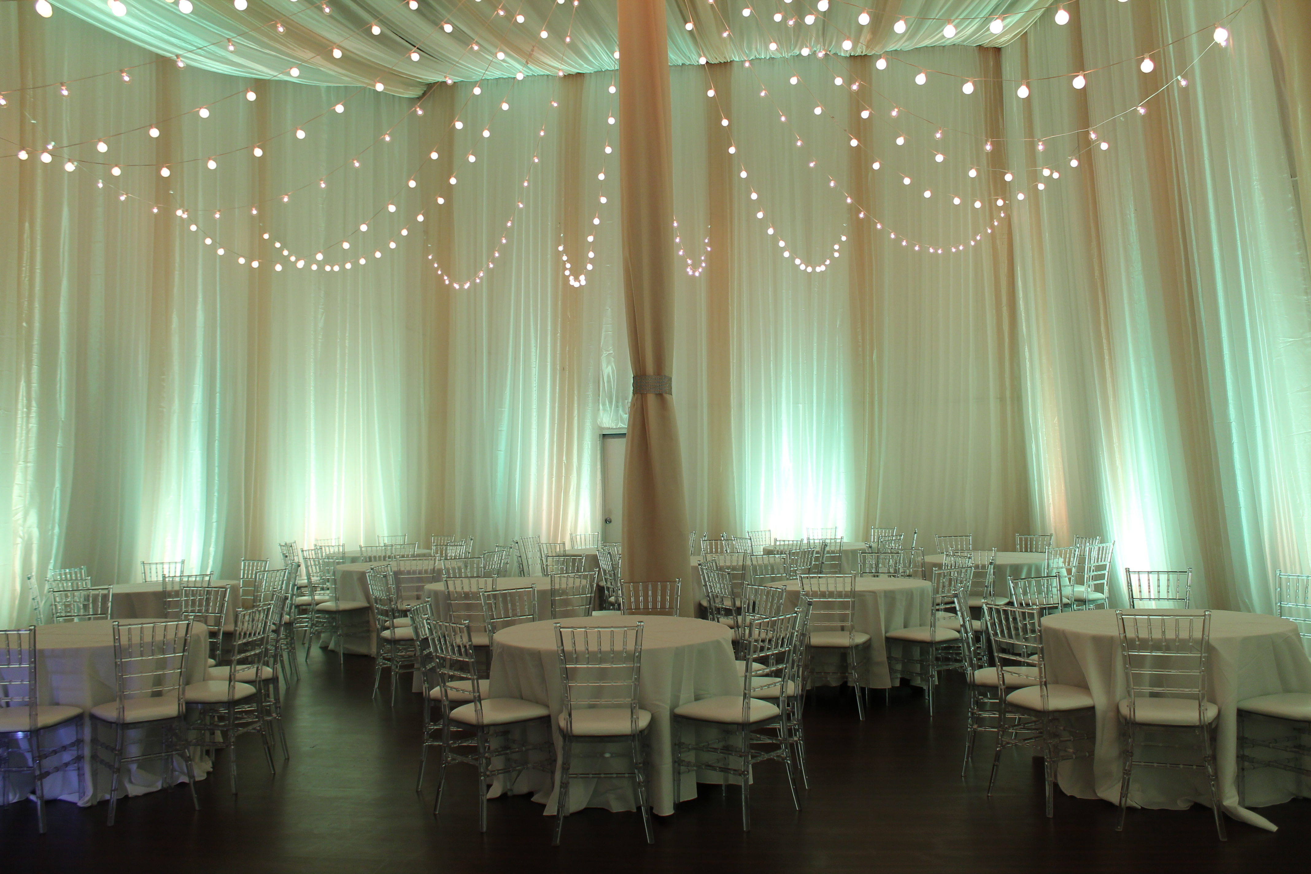 White lighting rb planners for Small room for party